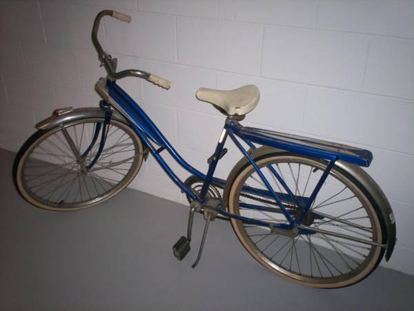 bike girl related keywords - photo #16
